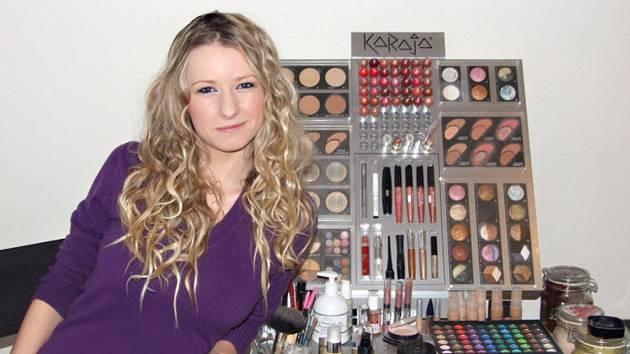 Veronika Běhalová si doma vyrábí veškerou kosmetiku, a to od pracího gelu a prášku, přes aviváž, zubní pastu, balzámy na rty až po opalovací přípravky