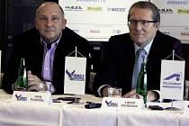 Ivo Pospíšil (vlevo) předseda klubu a Libor Svoboda (jednatel Annahütte)