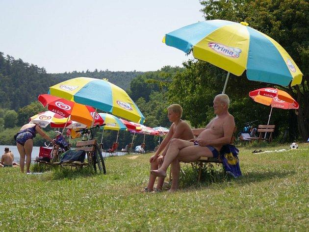 Plumlovská přehrada - pláž U Lázničků
