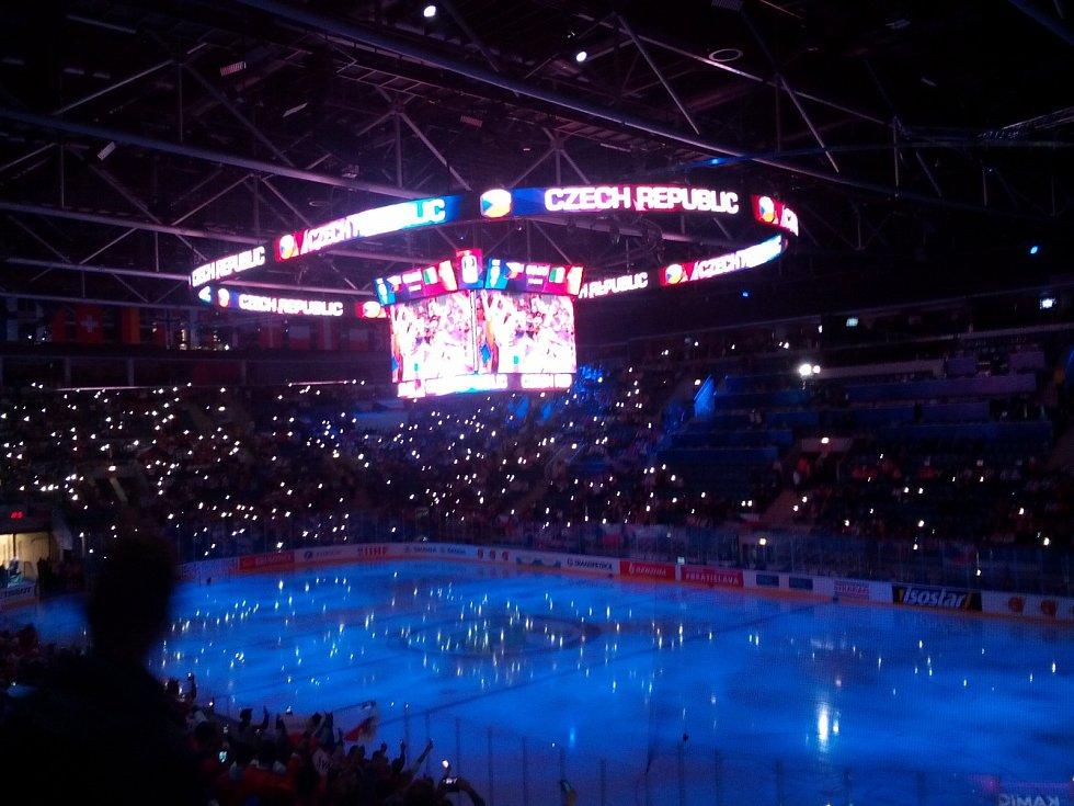 Fanouškovská banda na MS v hokeji v Bratislavě (Prostějov + Vražné Hynčice)