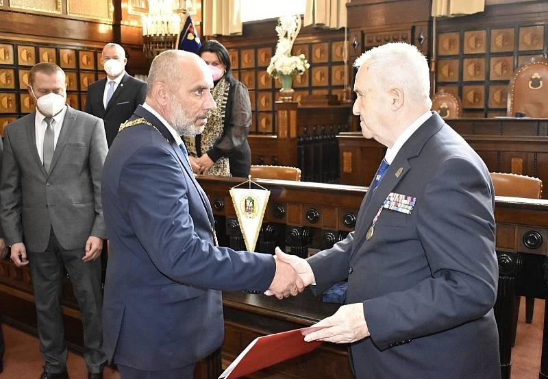 Pamětní medaili České obce legionářské obdrželo i Statutární město Prostějov. 14.10. 2021