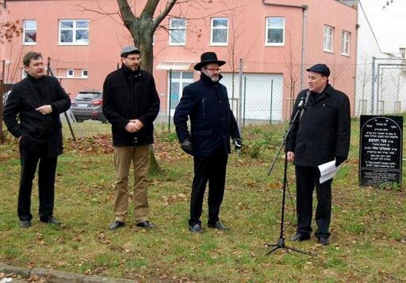 Ilustrační foto. Setkání rabínů na místě starého židovského hřbitova v Prostějově. Neděle 27. listopadu.