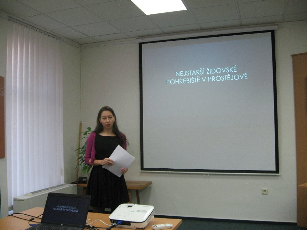 Tereza Holasová při přednášce
