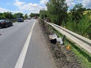 Nehoda kamionu na několik hodin zablokovala dálnici u Brodku.