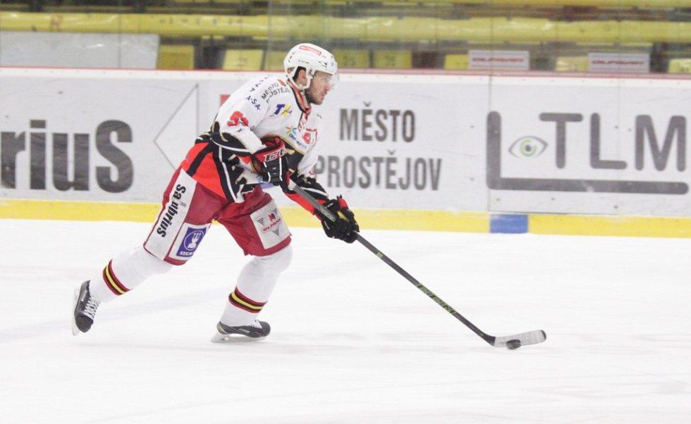 Prostějovští hokejisté se v sobotu na domácím ledě utkali s lídry první ligy kladenskými Rytíři. Pavel Mojžíš.
