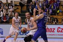 Prostějovští basketbalisté padli po Kolínu také s USK Praha