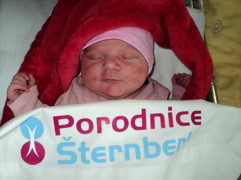 Anna Kovalová, Bruntál, narozena 14. července 2021, míra 50 cm, váha 3370 g