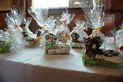 Prodejní výstava velikonočních beránků v Národním domě v Prostějově. Středa 17. dubna 2019