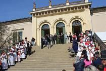 Zahájení sezony na zámku v Čechách pod Kosířem