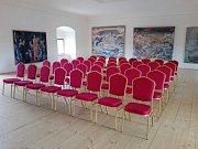 Přípravy expozice v nově otevíraném čtvrtém patře plumlovského zámku