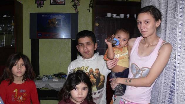 Romská rodina chce zpět do Vsetína.