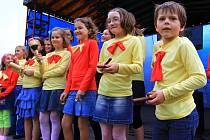 Jarní slavnosti uvedly děti z Krumsína