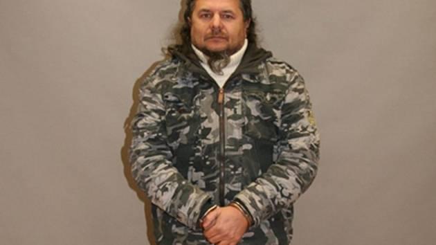 Policie hled mue z Moravian, podle n pepadl obrnn vz