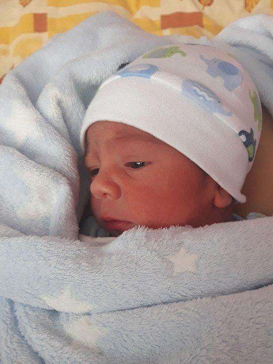 Tomáš Unger, Přerov, narozen 28. listopadu 2020 v Přerově, míra 48 cm, váha 2750 g