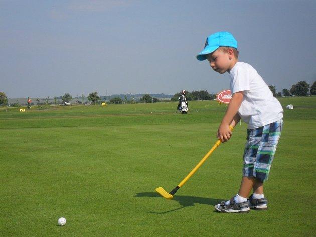 Na golfu v Kostelci
