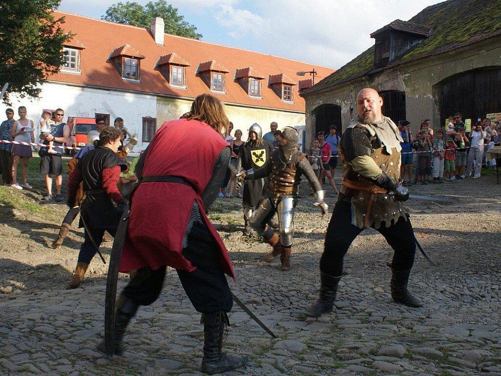 Šermířský víkend na plumlovském zámku