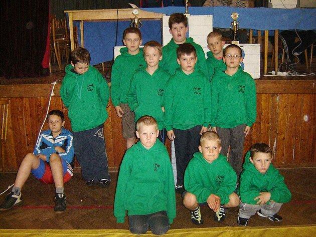 Mladí zápasníci z Čechovic