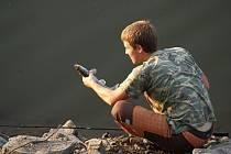 Lov ryb na plumlovské přehradě. Ilustrační foto