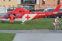 Při cyklistickém závodě na prostějovském velodromu se zranilo několik cyklistů, zasahoval i vrtulník záchranářů
