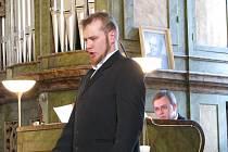 Jan Kučera, absolvent pěveckého oddělení Konzervatoře Evangelické akademie, zazpíval na koncertě z děl Antonína Dvořáka a Bedřicha Antonína Wiedermanna zazněl v sobotu 23. 5. v podvečer v prostějovském klášterním kostele Milosrdných bratří.