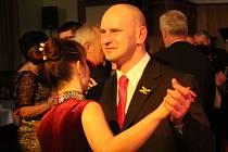 V Národním domě se tančilo, hodovalo i debatovalo. V pátek večer se zde totiž uskutečnil už tradiční městský ples. Pozvánku neodmítli ani někteří z prostějovských politiků.
