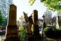 Hřbitov v Prostějově před Památkou zesnulých nazývanou lidově Dušičky