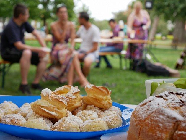 Piknik proti samotě ve Smržicích