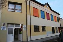 NÁHRADNÍ VARIANTA. Část smržických školáků bude po dobu rekonstrukce docházet do nové mateřské školy.