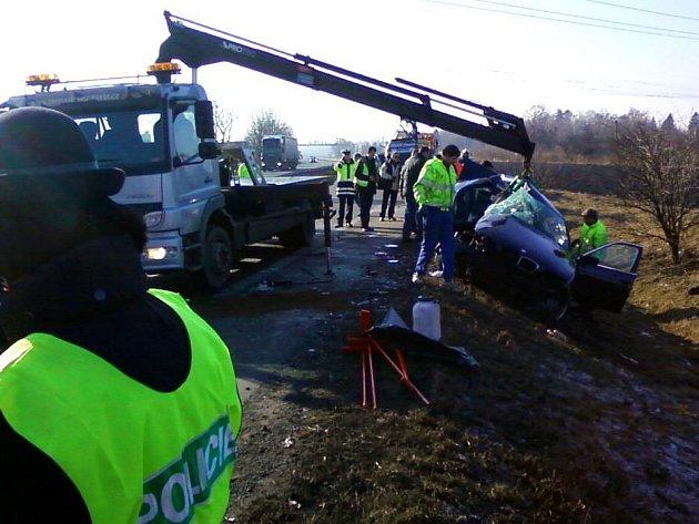 Tragická srážka na R46 v Prostějově, při které zahynulo šest lidí