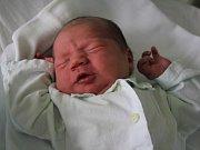 Ondřej Vémola, Hamry, narozen 9. března, 49 cm, 3800 g