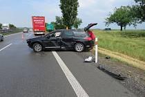 Nehoda citroënu s náklaďákem na D46