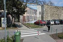 Jedna z nejstarších dochovaných památek v Prostějově, zbytky městských hradeb, se dočká další rekonstrukce. Nemusí jít ale o poslední změny.