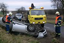 Z ošklivě vyhlížející nehody vyvázl řidič Alfy Romeo bez újmy na zdraví.