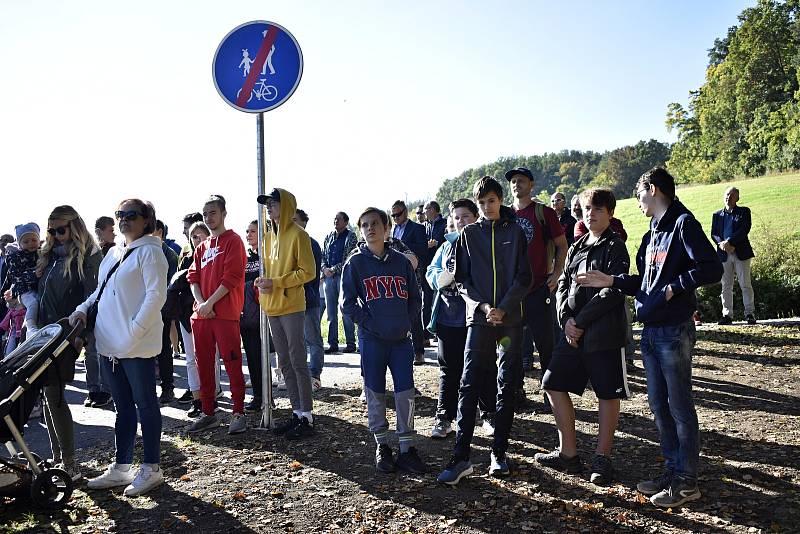 Slavnostní otevření cyklostezky spojující Plumlov s Mostkovicemi podél plumlovské přehrady. 1.10. 2021