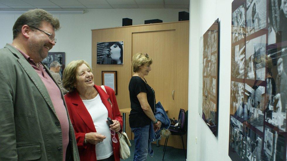 Vernisáž výstavy s názvem Prostějov očima Boba Pacholíka v budově Státního okresního archivu v Prostějově - 17. září 2019