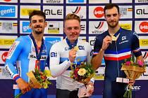 Prostějovský cyklista Daniel Babor (vlevo) získal stříbro na ME juniorů ve scratchi.