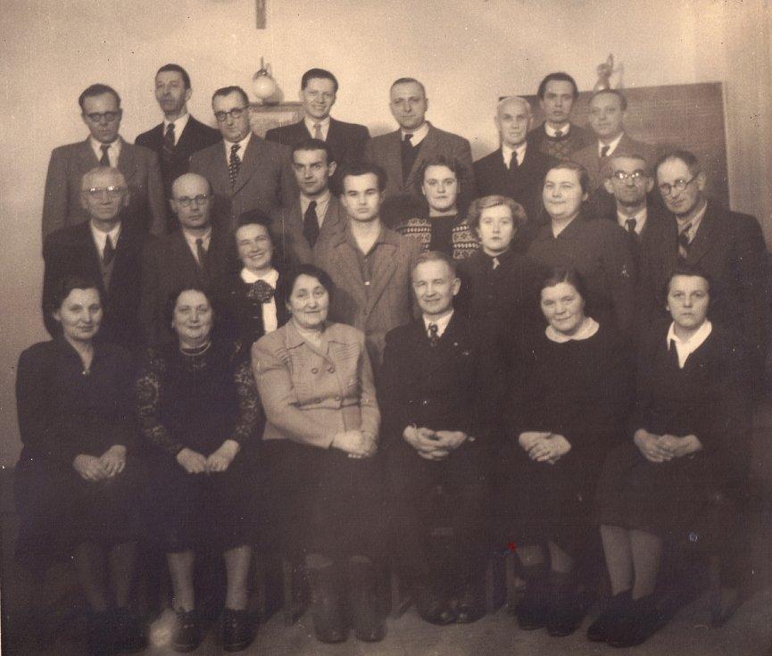 Sbor Cyrilometodějské jednoty vroce 1950 při 60. výročí založení. Pěvecké těleso působilo jako chrámový sbor do roku 1973. Cyrilská jednota byla obnovena vroce 1997.