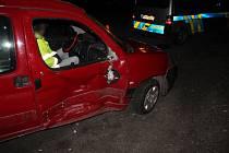 Následky nehody ve Hvozdu