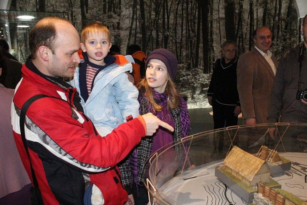 V Muzeu Prostějovska otevřeli novou expozici pravěku.