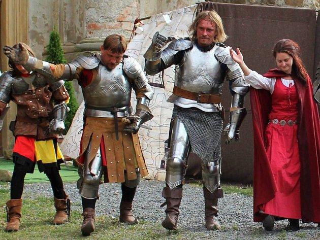 Rytíři na plumlovském zámku. Ilustrační foto