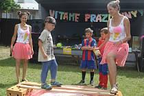 Obec společně se školou uspořádala pro děti v Čechách pod Kosířem karneval