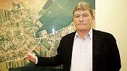 Vlastimil Konšel jako starosta Určic v roce 2009