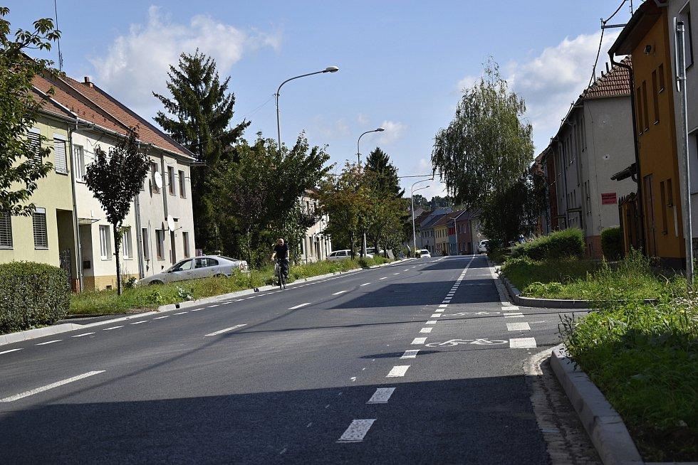 Výraznou úlevu přináší řidičům zprovoznění rekonstruované Vrahovické ulice. 2.9. 2021