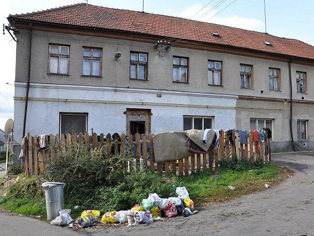Tak takto to vypadá u obydlí Romů ve Studenci a jeho okolí