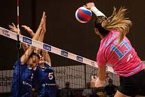 Volejbalistky Prostějova (v růžovém) porazily Přerov 3:0