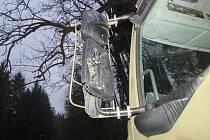 Zrcátková nehoda ve Stínavě