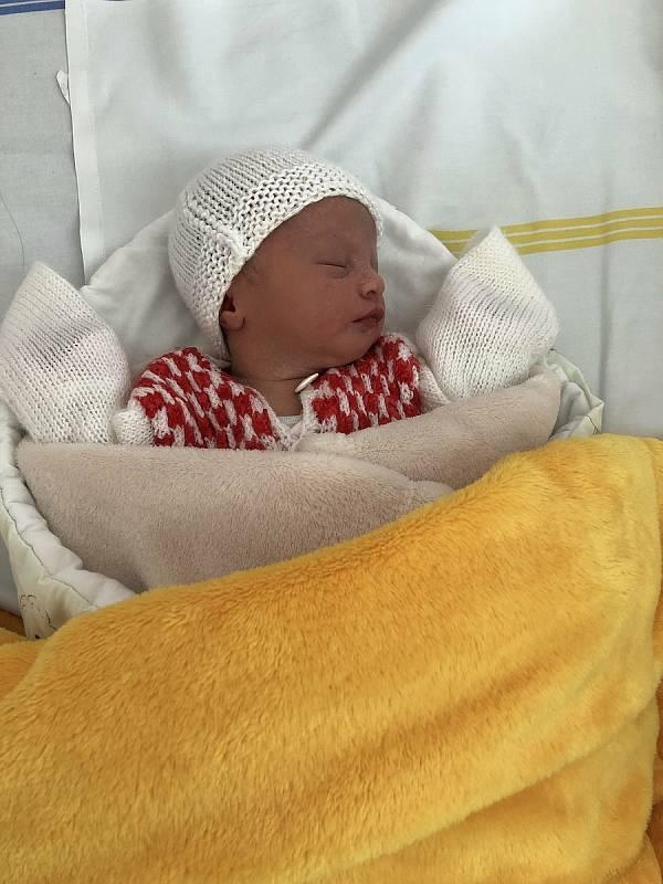 Izabel Jordánová, narozena 7. července 2021 v Olomouci, váha 2320 g