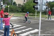 Na dopravním hřišti se mohou vyřádit a spoustu toho naučit děti i dospělí