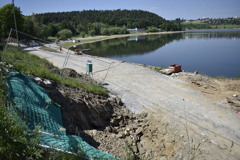 Stavební práce na přelivu výpusti plumlovské přehrady - 3. 6. 2021