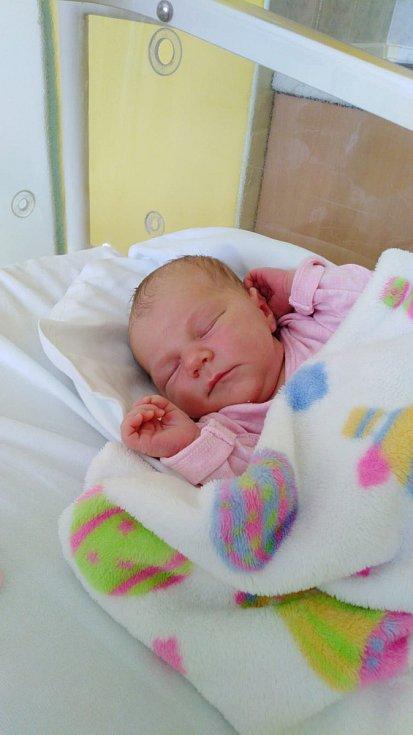 Adéla Klimecká, Přerov, narozena 6. března 2020 v Přerově, míra 48cm, váha 3392 g